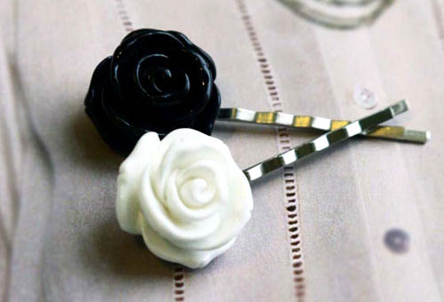 Black and White Hair Pins Roses