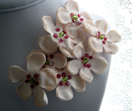 Pink Flower Bouquet Brooch