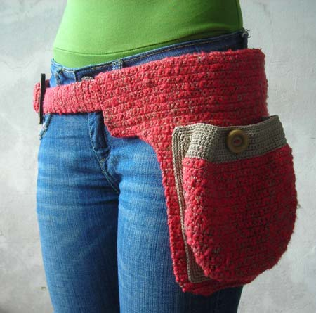 Crocheted Belt Bag by Kadinela