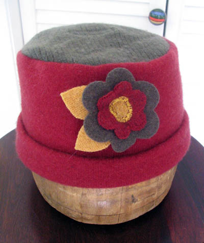 Cashmere Hat with Decorative Flower Pin