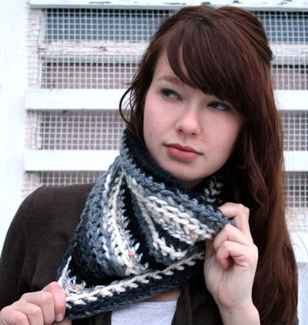 Black and White Cowl