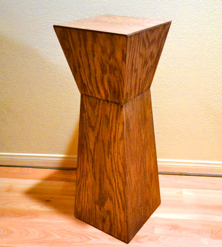 Veneered Playwood Pedestal End Table