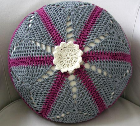 Cabled Pillow - Knitting - Learn to Knit - Knitting Patterns