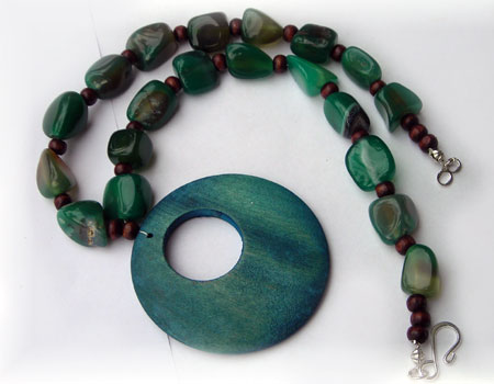 Agate and Wood Beads Necklace