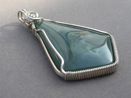 Wire-Wrapped Jade Cabochon Pendant