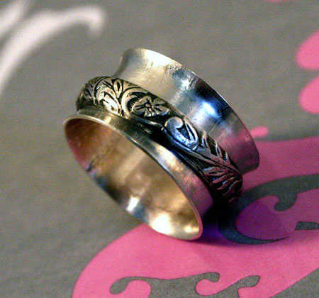 Ornate Floral Spinner Ring